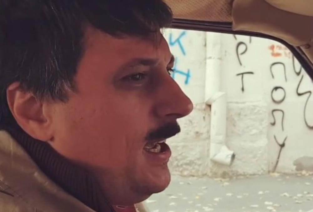 URNEBESNO! Kada vidite kako Andrija Milošević glumi ALBANCA usred Beograda, nećete prestati DA SE SMEJETE! (VIDEO)