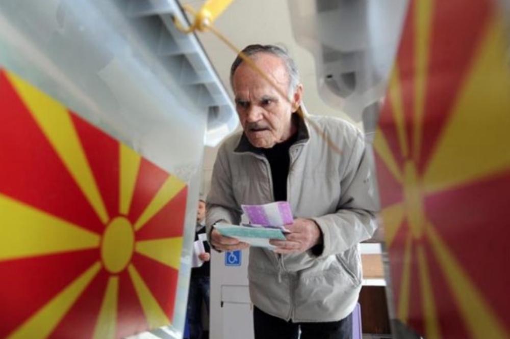MAKEDONCI SUTRA BIRAJU LOKALNU VLAST: Glasanje u 35 opština