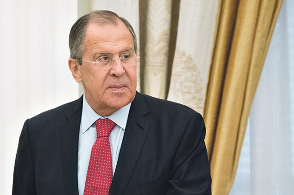 ŠOKANTNO UPOZORENJE SERGEJA LAVROVA: Srbiju čeka ukrajinski scenario zbog pritiska Amerike!