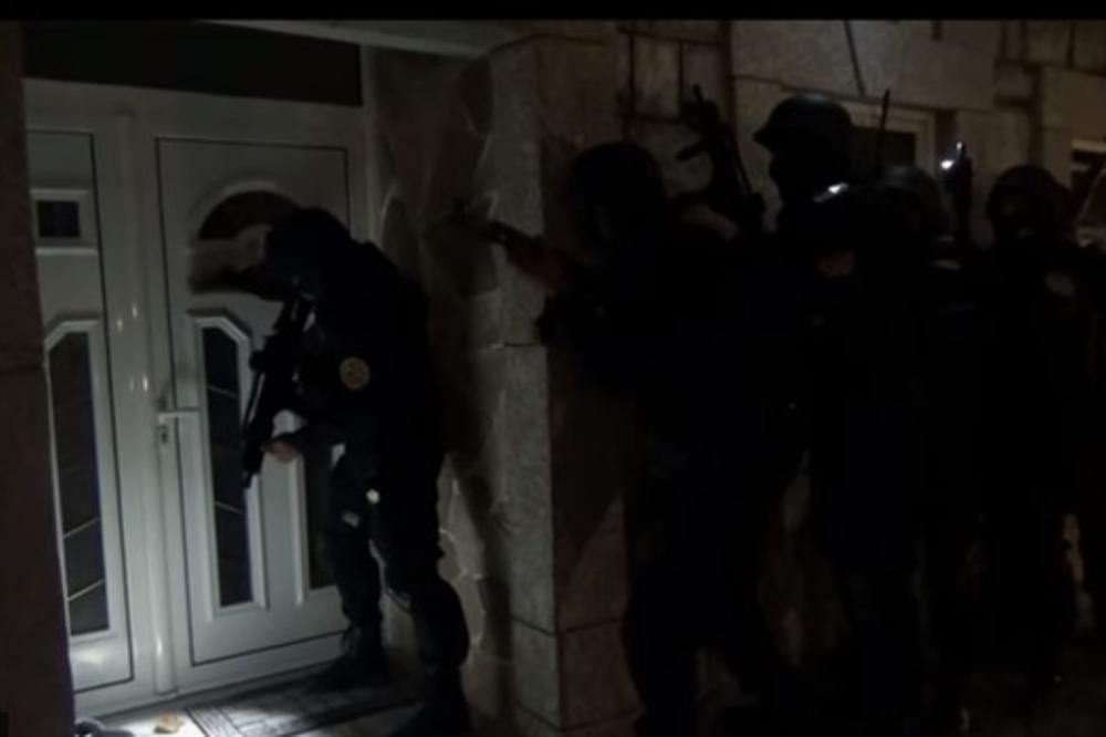 (VIDEO) CRNOGORSKI SPECIJALCI U AKCIJI: Ranom zorom udarili na kriminalce!