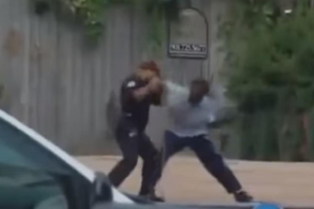 (UZNEMIRUJUĆI VIDEO) TOP 10 NAPADA NA POLICIJU KOJI SU ŠOKIRALI SVET: Pesničili se, rvali i tukli, ali Ameri u plavom OVO NE PRAŠTAJU!