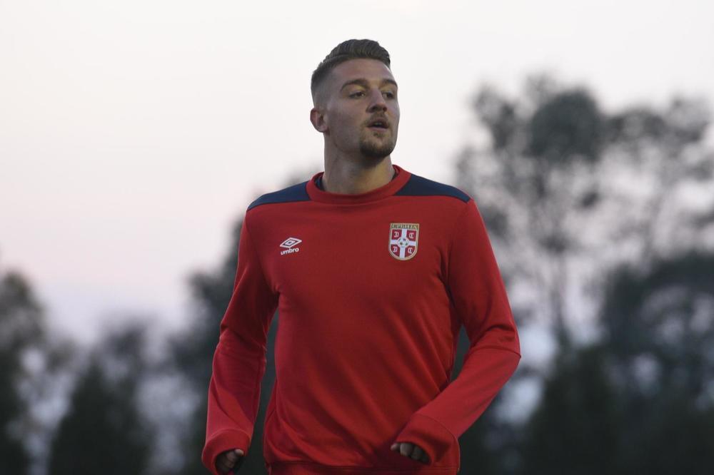SPECIJALAN DIZAJN ZA DEBI U DRESU SRBIJE: Evo kakve će kostobrane protiv Kine nositi Sergej Milinković - Savić