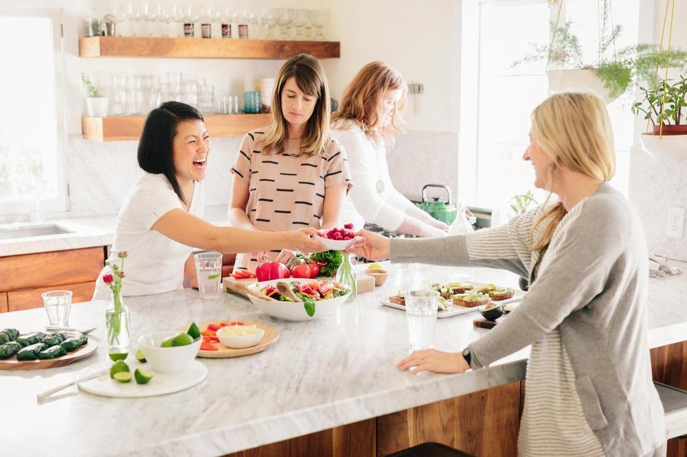 OČISTITE KORU VOĆA I POVRĆA OD OTROVA: Potreban vam je samo jedan sastojak iz kuhinje!