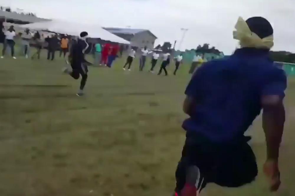 (VIDEO) Počelo je kao trka BEZ GLEDANJA, završilo se kao trka BEZ ZUBA!