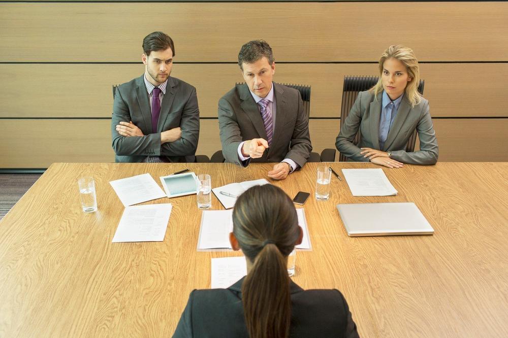 NE ŽELITE DA OSTAVITE LOŠ UTISAK: Ovih 5 rečenica nikako ne izgovarajte na radnom mestu!