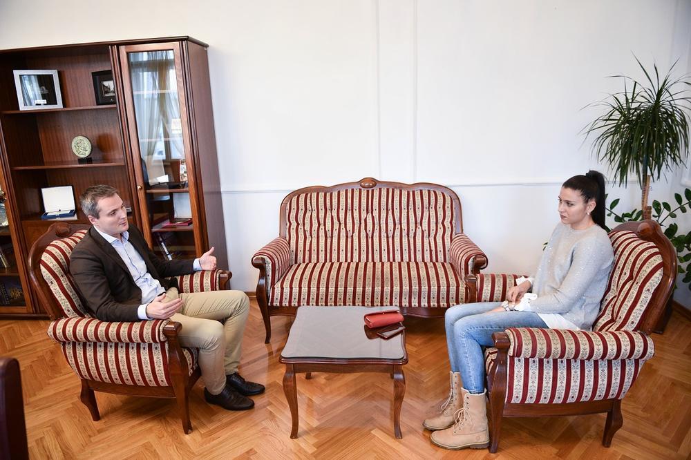 POČAST SRPSKOJ KOŠARKAŠICI: Predsednik Skupštine grada Banjaluke primio Sašu Čađo