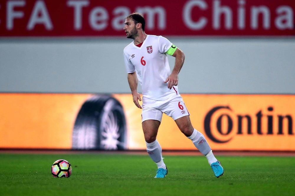 (VIDEO) OD DEBIJA DO KAPITENA KOJI JE IGRAO SA SELEKTOROM: Branislav Ivanović za 100. utakmica promenio 11 trenera, a za jednog kaže da nije verovao u njega