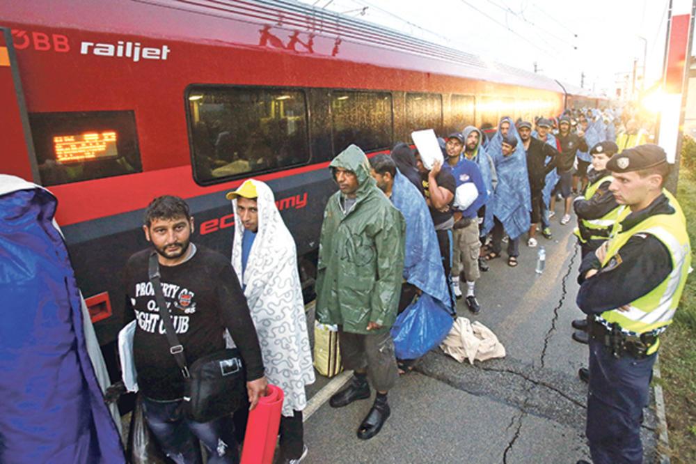 CRNO SE PIŠE MIGRANTIMA U AUSTRIJI: Nova vlada će oduzimati pare i mobilne tražiocima azila!