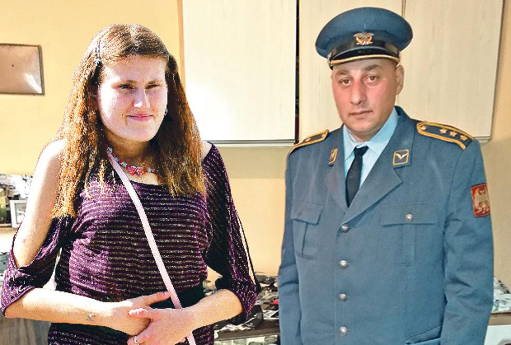 EKSKLUZIVNO! KURIR PRONAŠAO PRVOG MUŽA UČESNICE ZADRUGE Pilot Almir Asanović: Ostao sam nevin posle braka s Divnom!