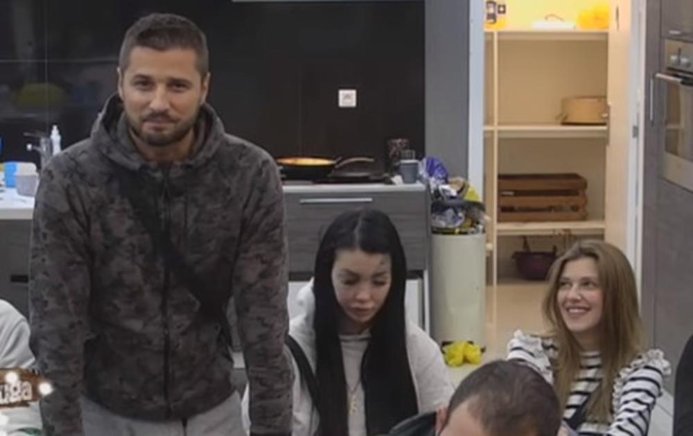 (VIDEO) UKUĆANI ZAPREPAŠĆENI SLOBINOM REAKCIJOM: Marko pred svima progovorio o odnosu sa Kijom!