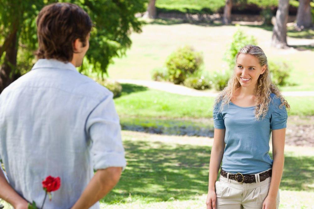 NEMA ŽENE KOJA OVO NE POMISLI: Svaka od njih ima ova 4 straha kada upozna muškarca!