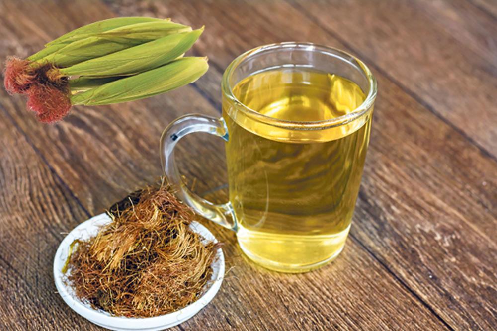فوائد شاي الذرة 1334963_stockphototeawithdrycornsilkherbforkidneysproblemsselectivefocus535410358_ls