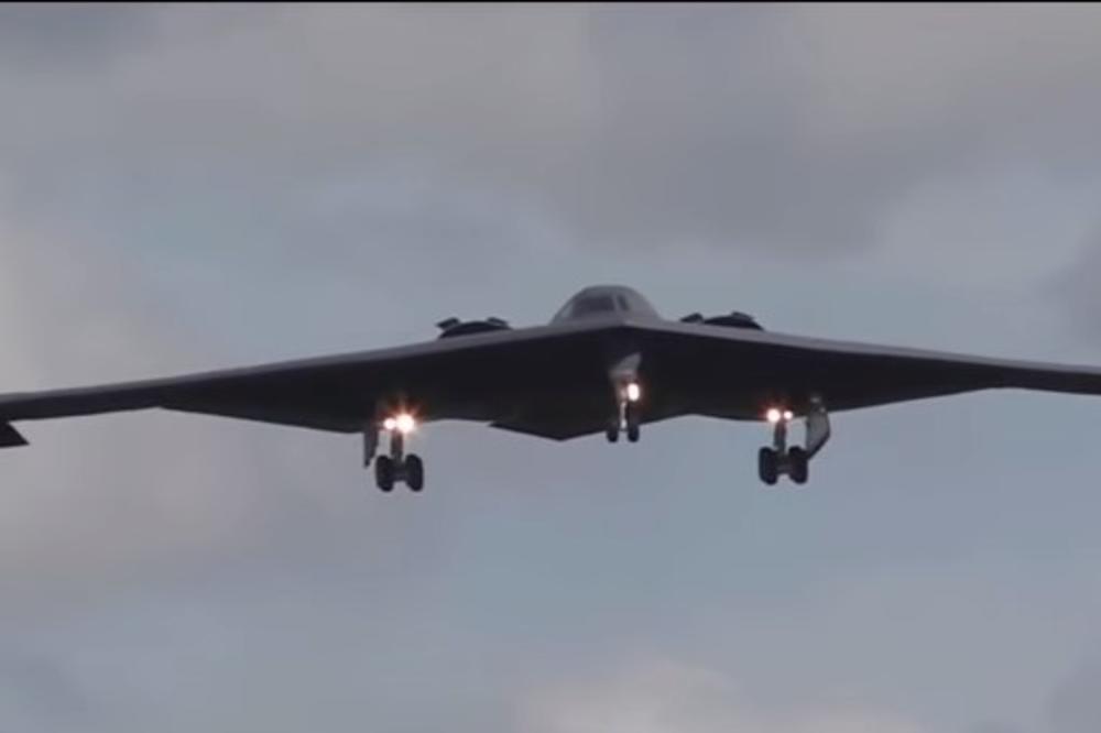 SUPER BOMBARDER ZA RUSE: Za ovu američku letelicu uzor su bile Zvezdane staze, ali je pitanje da li je to dovoljno?!  VIDEO