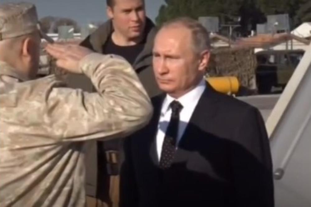 PUTIN PROGLASIO POBEDU I DOŠAO PO SVOJE LJUDE –  Doleteo u Hmejmim i naredio ruskim trupama da se pakuju!? VIDEO