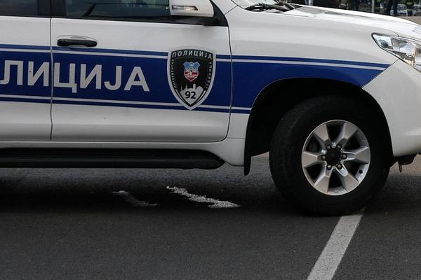 AKCIJA U ZRENJANINU: Dvojac na ulici napao muskarca (34)