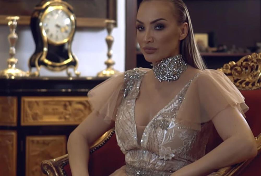 GOGA SEKULIĆ ZARADILA 100.000: Evo kako je pevačica to uspela!