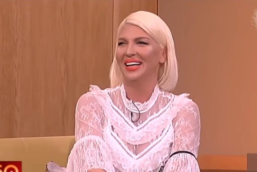 (VIDEO) URNEBESNO! Evo kako Jelena Karleuša reaguje na spisak učesnika Beovizije!
