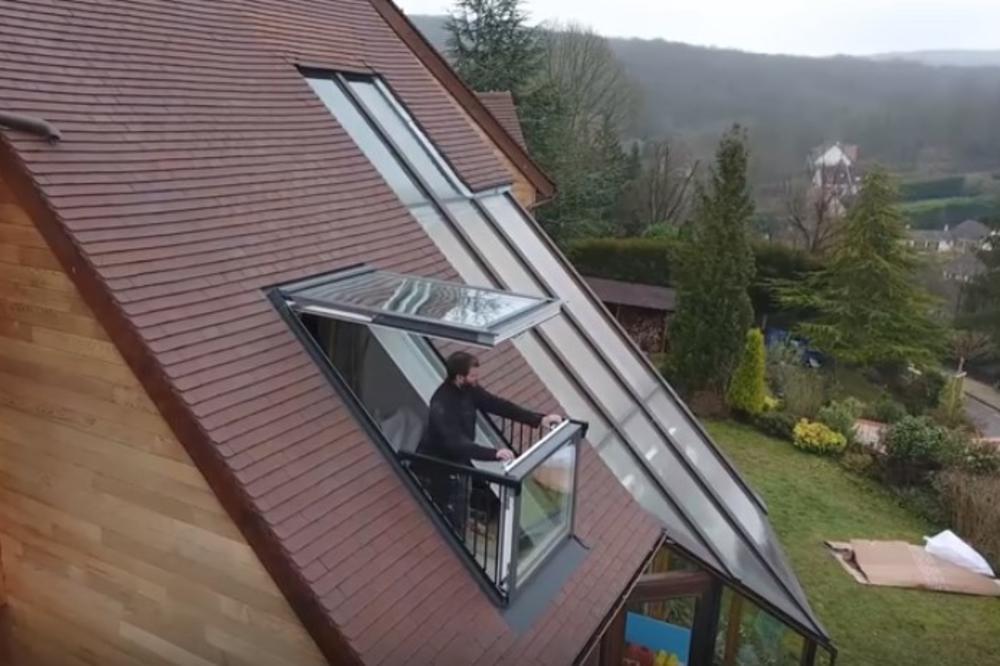 (VIDEO) GENIJALNO REŠENJE: Evo kako napraviti balkon tamo gde ga nema! Od prozora do terase za nekoliko sekundi!