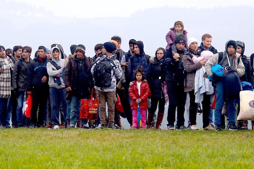 BEČ ZADOVOLJAN: Manje zahteva za azil u Austriji u 2017!
