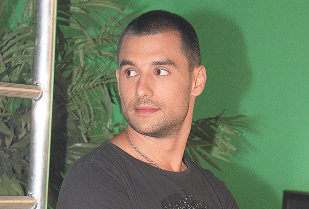 DRAMA U BLIZINI POZNATOG PEVAČA: Nemanja Stevanović se oglasio zbog požara! Evo šta se desilo (FOTO)