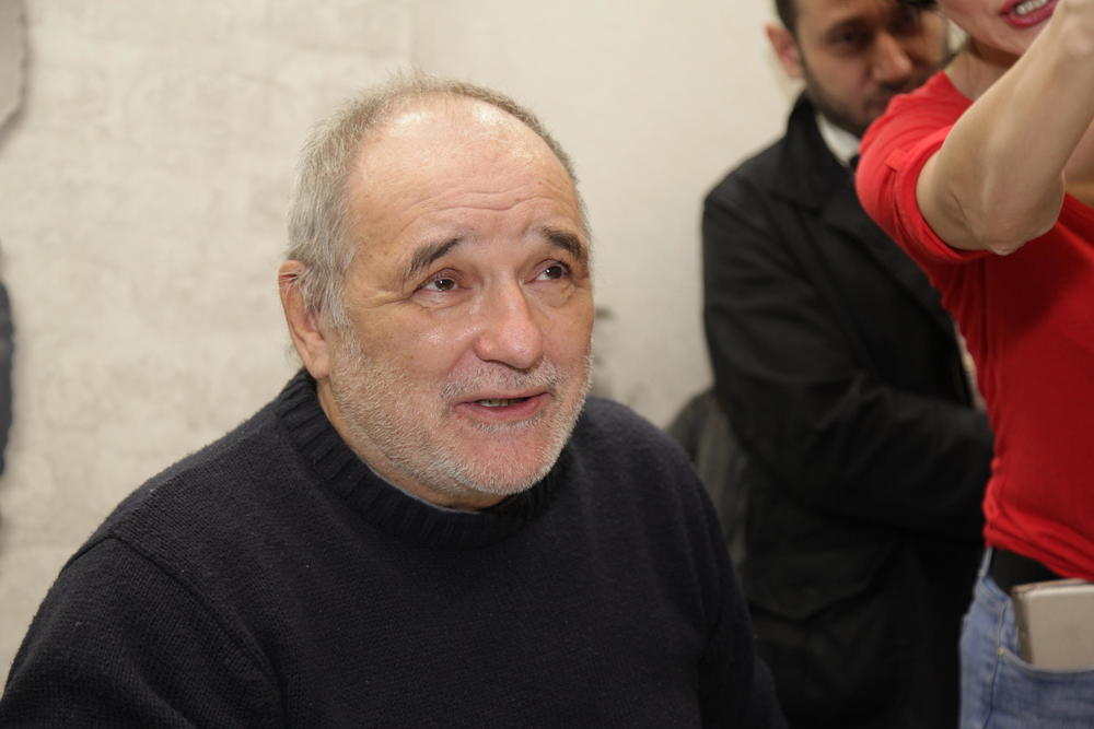 BILO JE ŠOKANTNO I PORAŽAVAJUĆE: Balašević je prvi nastupio u Sarajevu posle rata, a taj koncert je promenio mnogo u njegovom životu! Ovo je njegova ispovest!
