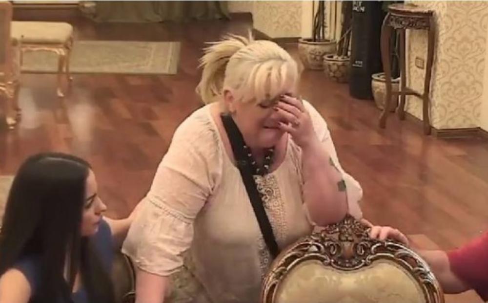 VESNA RIVAS JEDVA ZADRŽALA SUZE: Stiglo joj pismo sa lošim vestima! Nije joj lako!