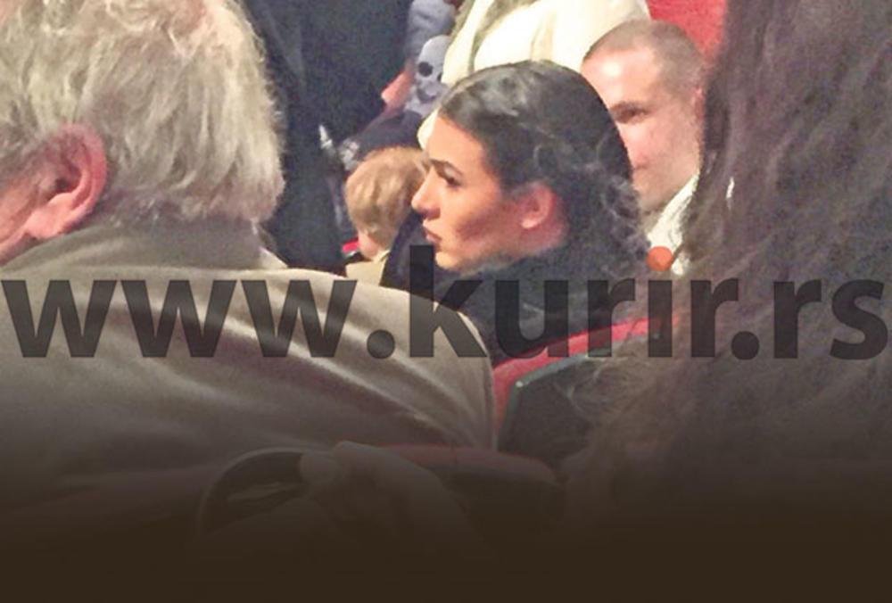 KURIR 24 SATA PRATIO PORODICU RAŽNATOVIĆ: Anastasija se smorila u pozorištu! Ceca otišla u Bugarsku
