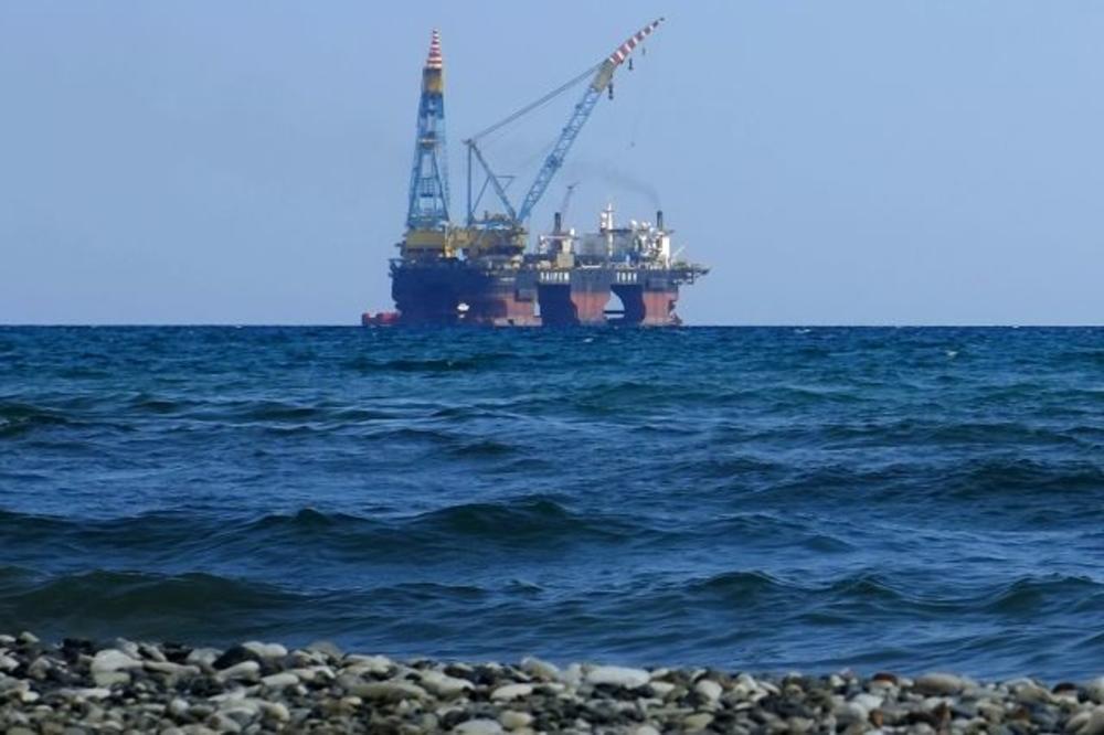 PENJU SE NA TRON: Evo koja zemlja prestiže Saudijce u izvozu nafte! NEZAPAMĆENA proizvodnja!