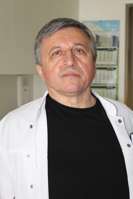 Prof dr Hristo Cekov