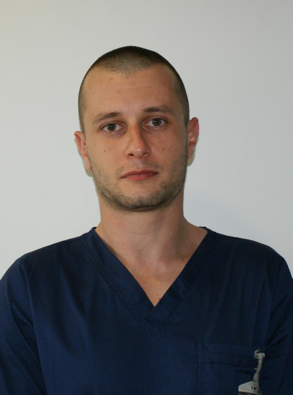Dr Asen Cekov, neurogirurg