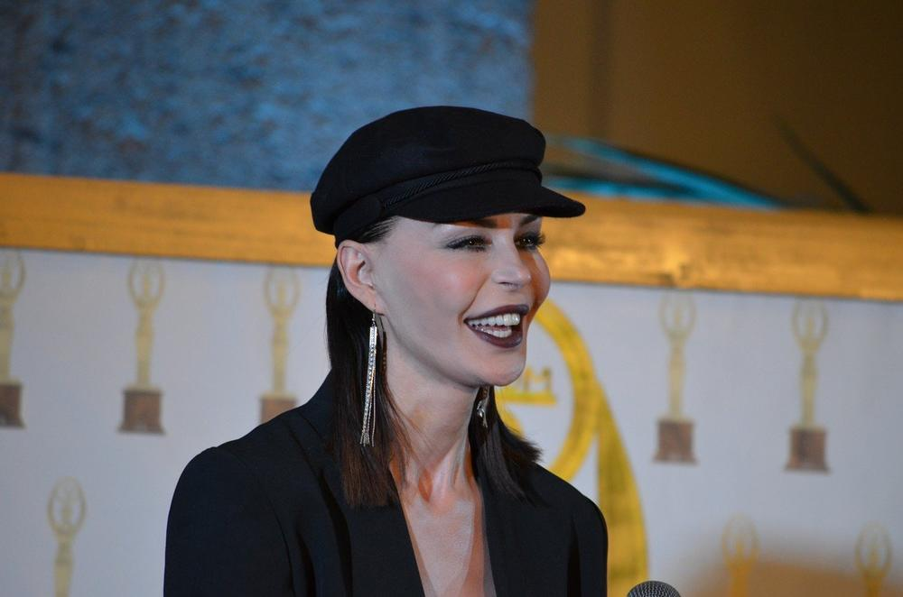 SVINJA, MRZIM GA! SEKLA VENE, MUŽ JE DAVIO USRED ZATVORA, ODUZELI JOJ SINA: Nina Morić sad objavila delove iz DNEVNIKA i otkrila kakvu je DRAMU preživela (VIDEO)