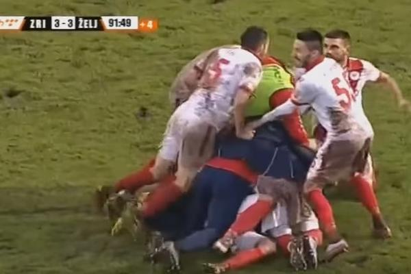(VIDEO) LUDILO U BOSNI: Željo u derbiju vodio 3:0 do 88. minuta