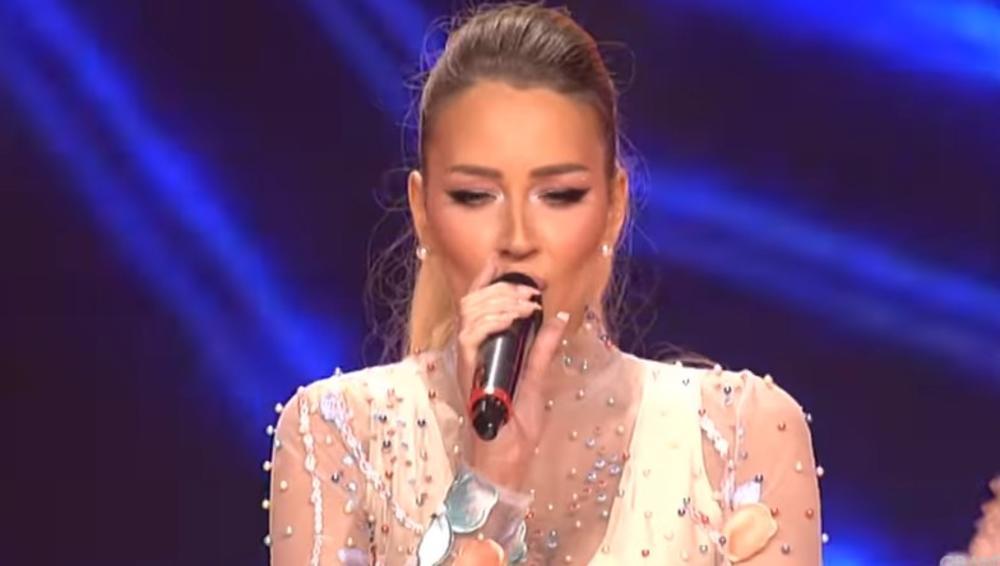 (VIDEO) TIJANA (27) IMA 3 DECE, PORODILA SE PRE 5 MESECI: A kad je izašla na scenu Zvezda Granda, žiri odlepio!