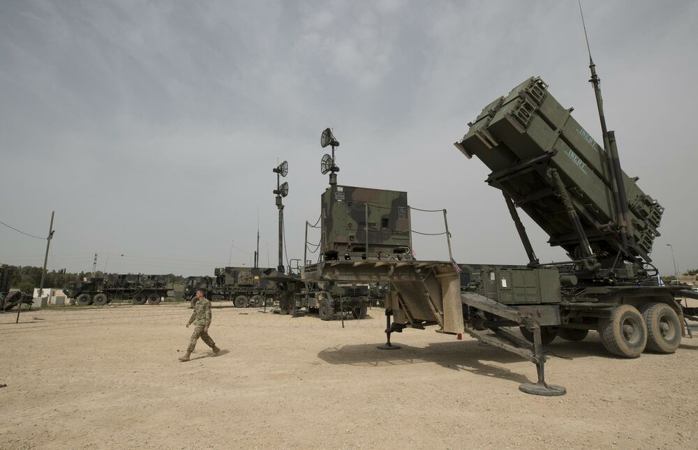 AMERIKANCI POSLE AVGANISTANA NAPUŠTAJU I BLISKI ISTOK?! Povlače se raketni sistemi PATRIOT i THAAD kao i borbeni avioni!