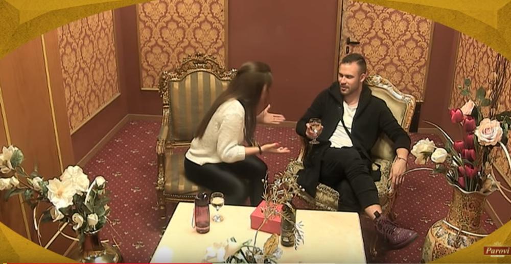 (VIDEO) TIHOMIR HTEO DA IZNENADI ZORICU: Ona ga ponizila! Nakon što je odbila poklon, on je brutalno izvređao!