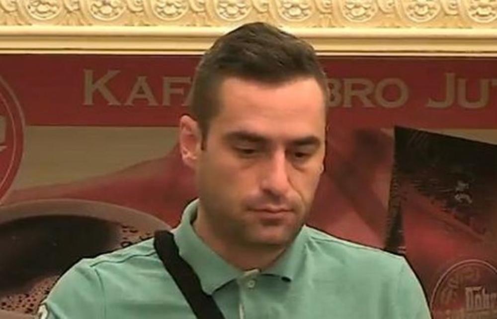 ŠOK U VILI, NE MOGU VIŠE, ŽELIM U MANASTIR: Učesnik moli fanove da ne glasaju, hoće da ide kući!