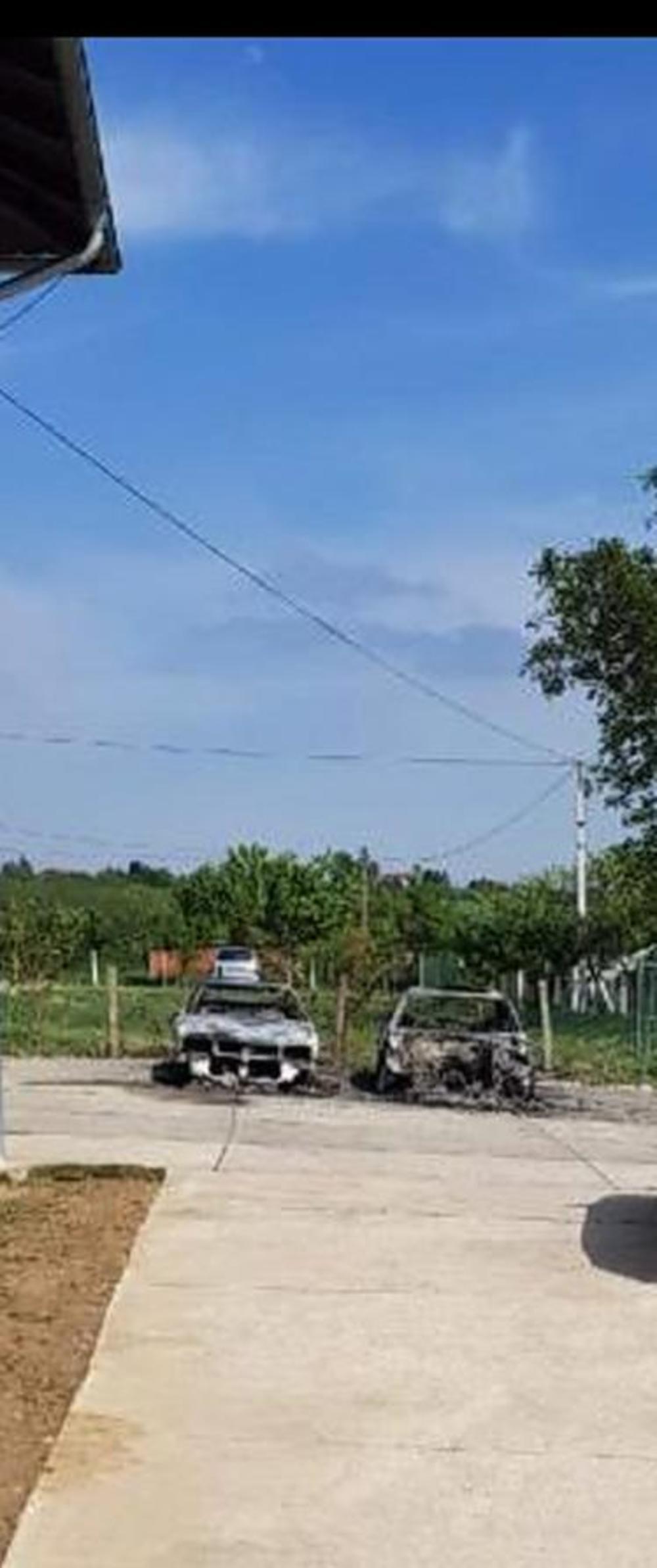 Zapaljeni automobili prekjuče na Oraševačkom putu
