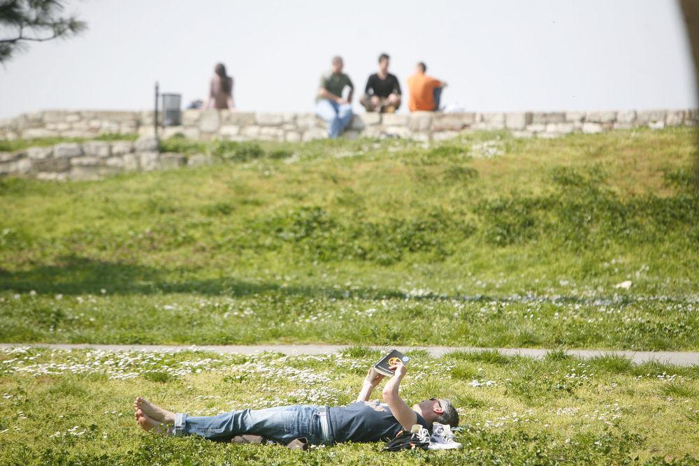 DANAS NAJTOPLIJI OKTOBARSKI DAN U BEOGRADU OD 1926: U Srbiji vreme sunčano i toplo, temperatura čak do 29 stepeni