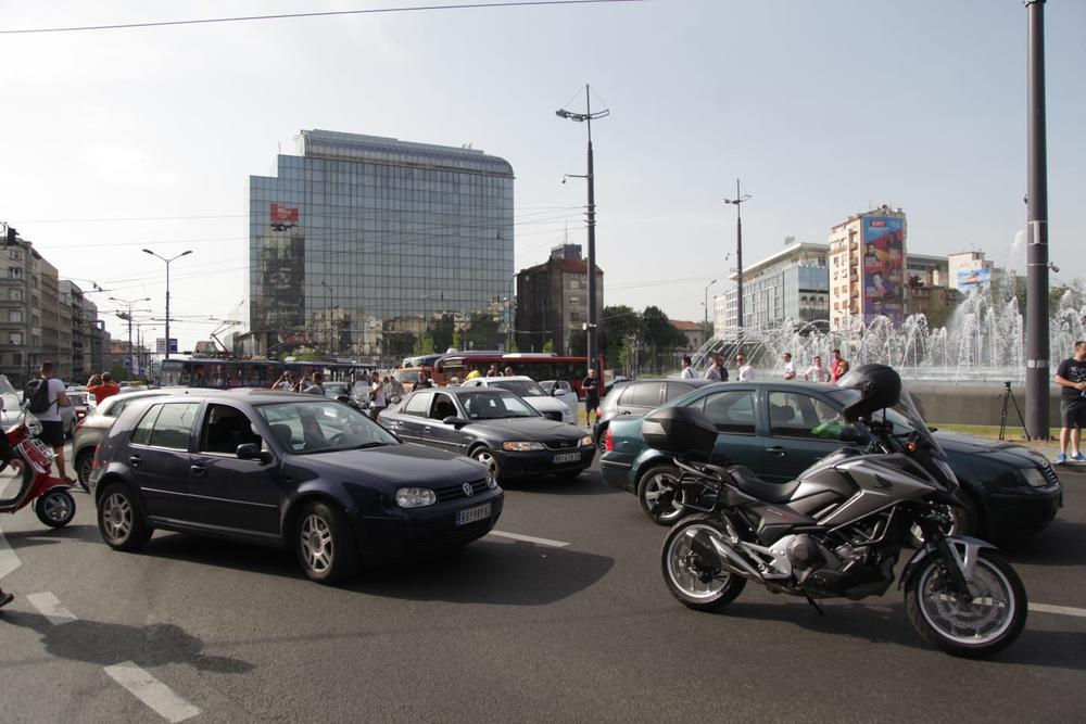 Slavija - centralne beogradske saobraćajnice zakrčene - Vlada Srbije: