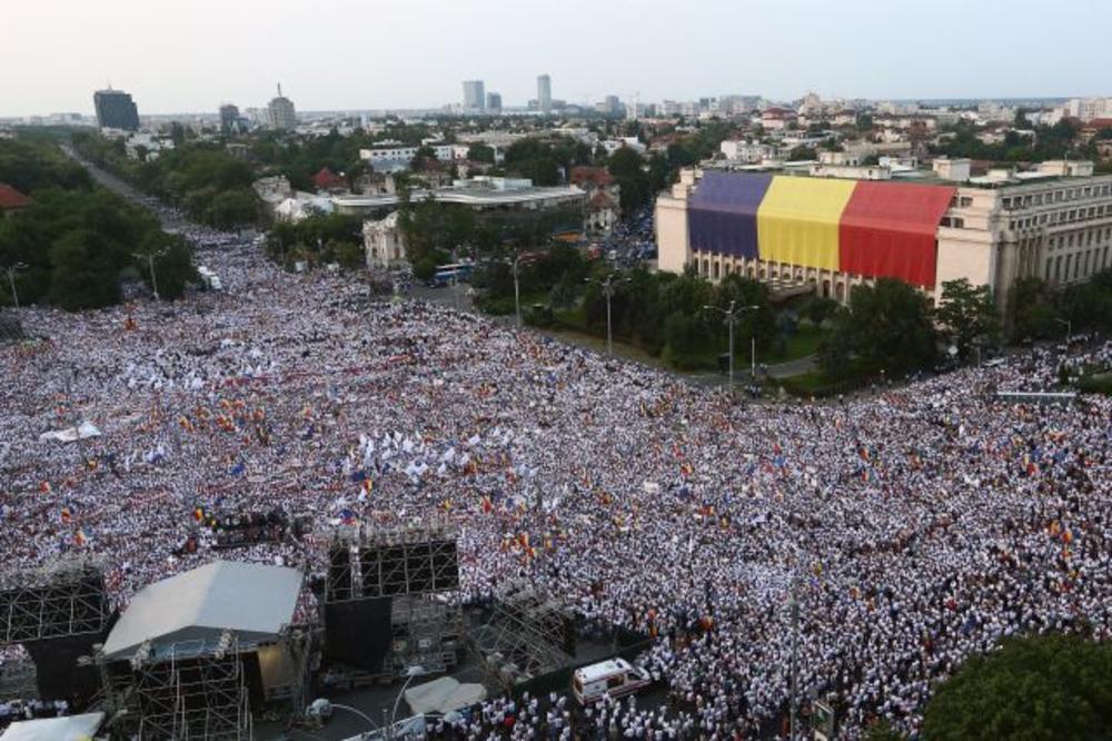 PROTESTI U RUMUNIJI: 150.000 građana ustalo protiv zloupotreba u pravnom sistemu