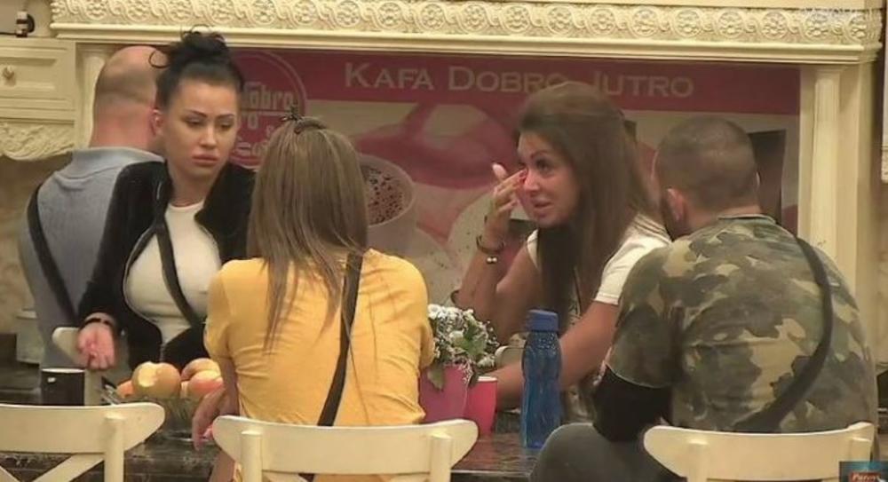 NIJE MOGLA DA OBUZDA EMOCIJE: Zorica Dukić JECALA u jutarnjem programu, evo zašto!