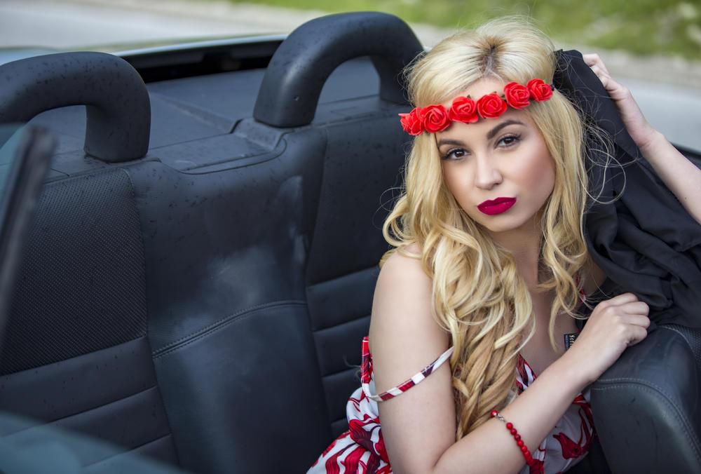 MARIJA KRIVOKUĆA NOVO LICE MEDŽIKA: Pogledajte novi spot za pesmu BEZ RIJEČI!