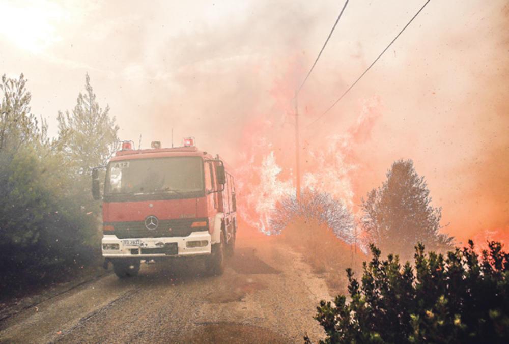 Pakao...Požar kod vatrogasnog vozila