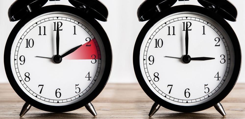 u nedelju 31. marta LETNJE RAČUNANJE VREMENA POČINJE 31.MARTA: Sledeće nedelje kazaljke pomeramo za jedan sat unapred pre 12h 14m