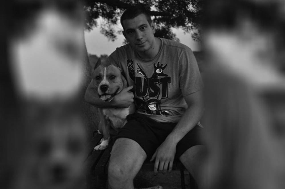 UHAPŠEN OSUMNJIČENI ZA UBISTVO MMA BORCA RADOŠA JOKSIMOVIĆA: Pucao na njega dok je sedeo u restoranu, pa pobegao na skuteru!