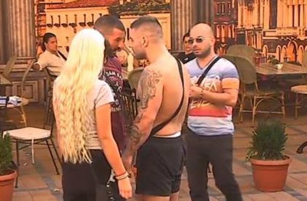 KLEO SE U NJEGA, A ON MU ZARIO NOŽ U LEĐA: Benjamin smuvao Izabelu, Lakić ODLEPIO!
