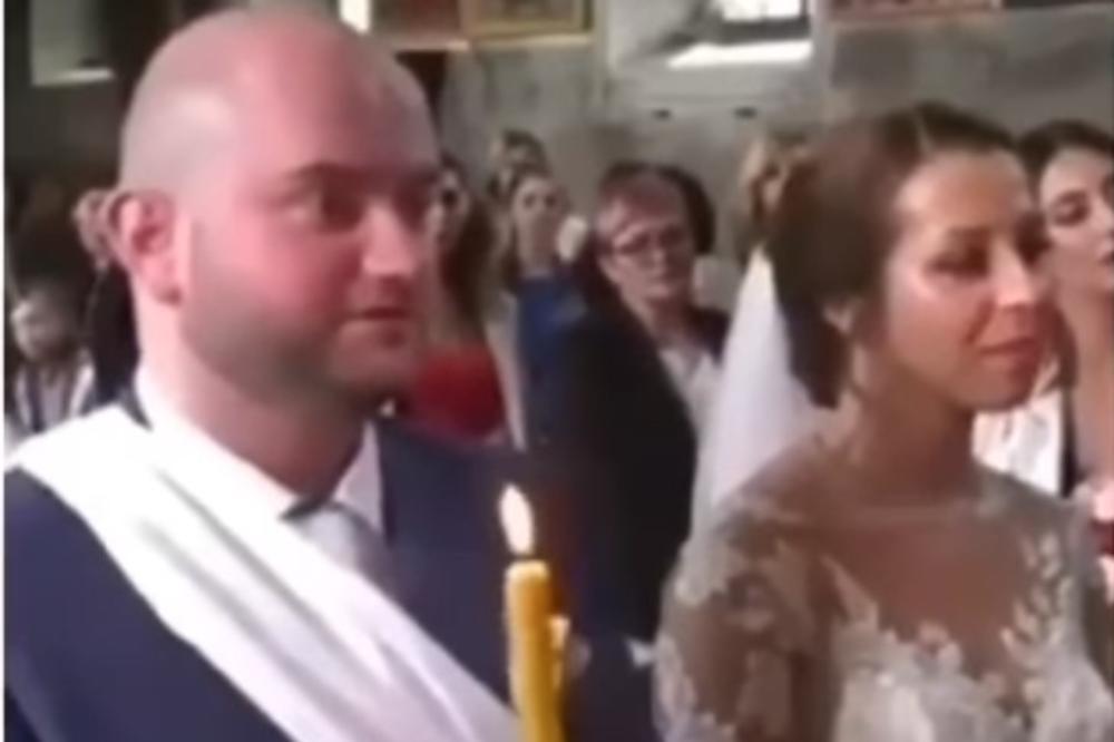 SRPSKI MLADOŽENJA HIT NA DRUŠTVENIM MREŽAMA: Sveštenik ga pitao da li se obećao drugoj ženi, a njegov odgovor izazvao je LAVINU SMEHA! (VIDEO)