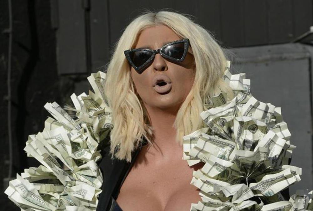 JELENA KARLEUŠA SE POHVALILA: Duško mi je kupio vilu od 2,5 miliona €!