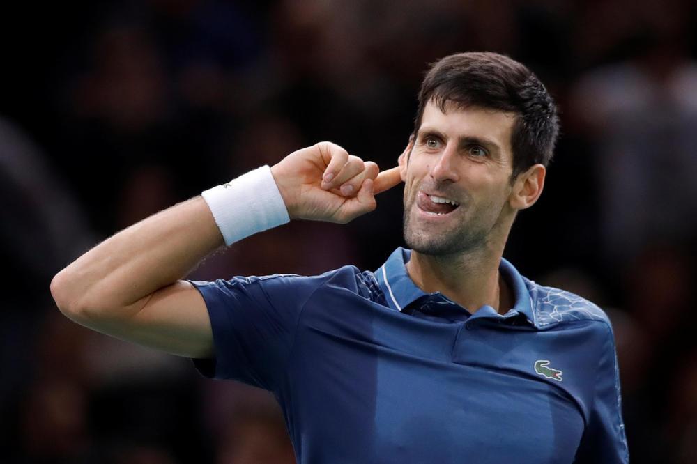 NOLETOVA EKSPLOZIJA U PARIZU: Evo šta je Đoković pokazao Federerovim navijačima po završetku antologijskog meča (VIDEO)