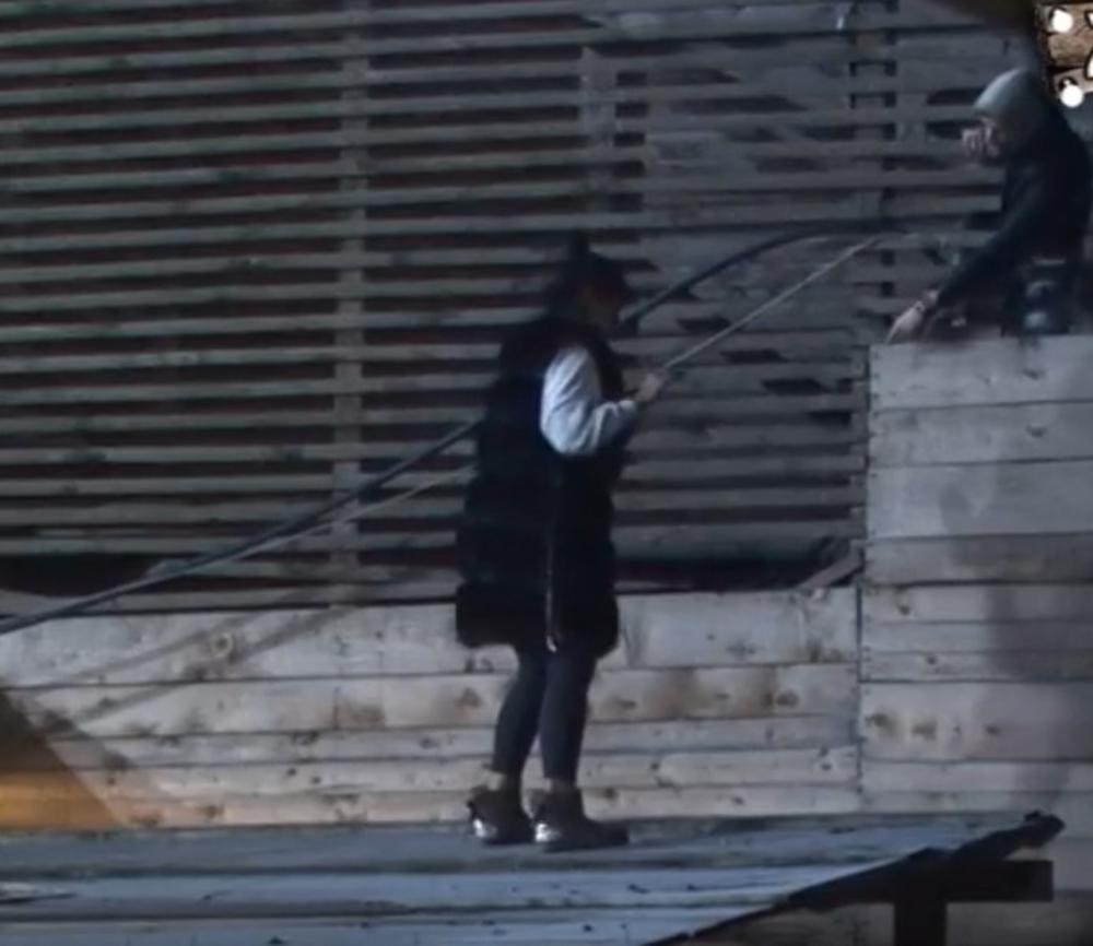 HAOS U RIJALITIJU! DAVID POLUDEO PA POBEGAO IZ ZADRUGE: Aleksandra vrištala na krovu! Obezbeđenje NA NOGAMA! (VIDEO)